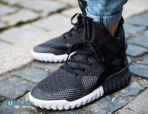 uk availability 8e786 60b01 ADIDAS TUBULAR X PK black