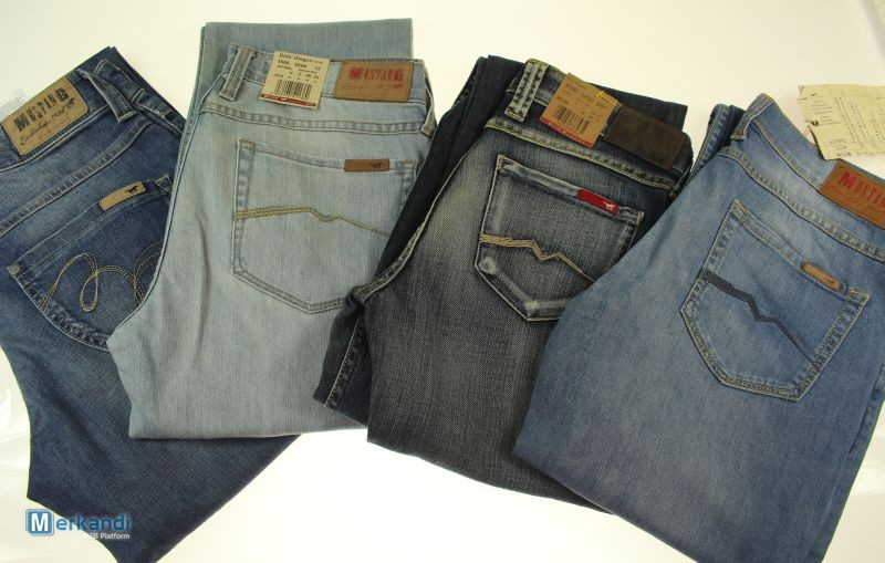 Mustang Jeans Woman  143655   9fa8160dfe
