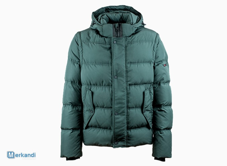 19652359d I recommend the offer: Winter Jackets and Down Coats by Italian Brand  [285233] | Stock lot clothing | merkandi.com